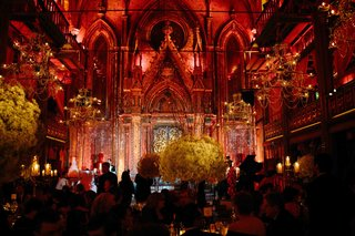 wedding-reception-at-angel-orensanz-foundation-for-the-arts-with-red-lighting