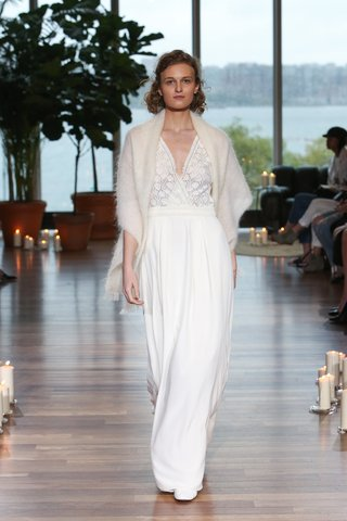 laure-de-sagazan-fall-2018-plunging-neckline-on-graphic-lace-top-and-simple-skirt-swann-stole