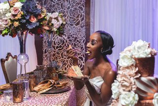 bride-eating-cake-metallic-purple-tablescape-fall-styled-shoot-wedding-yummy-sequins-sparkly