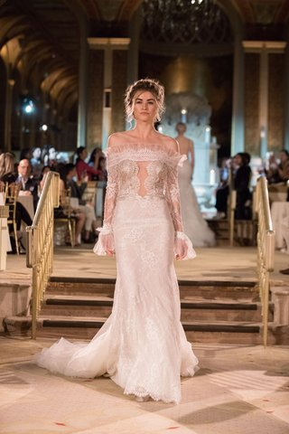 idan-cohen-fall-winter-2018-empire-of-love-wedding-dress-off-shoulder-long-sleeve-lace-gown-plunge