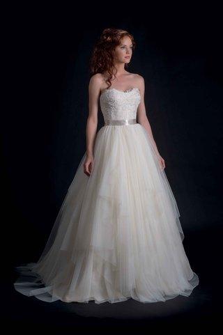modern-trousseau-fall-2016-strapless-ball-gown-wedding-dress