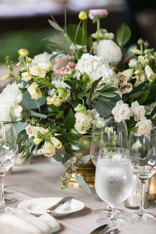 wedding-reception-low-centerpiece-gold-footed-vase-white-hydrangea-rose-pink-dahlia-flowers