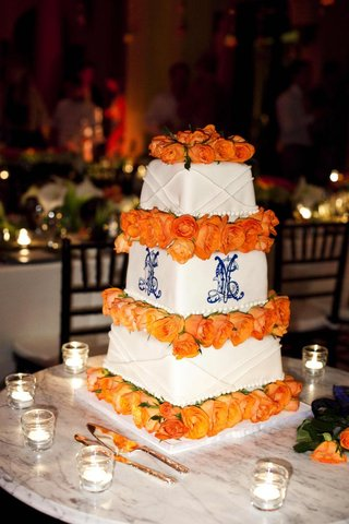 square-cake-with-monogram-and-roses