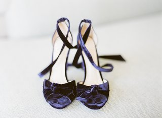 alexandre-birman-bridal-shoes-navy-blue-strappy-heels-in-velvet-something-blue-shoes