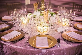 glam-wedding-reception-with-gold-charger-plates