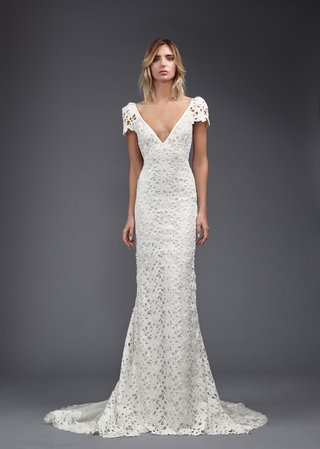 victoria-kyriakides-spring-2017-michelle-wedding-dress-v-neck-kippur-lace-with-short-sleeves-train