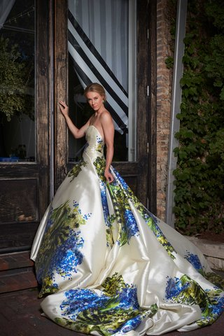 floral-wedding-gown-blue-and-green-wedding-gown-romona-keveza-flower-print-wedding-dress