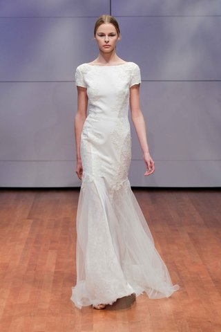 short-sleeve-t-shirt-wedding-dress-by-rivini-fall-winter-2016-collection