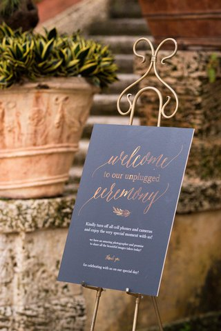 wedding-signage-unplugged-ceremony-sign-how-to-have-an-unplugged-wedding