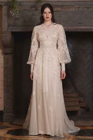 claire-pettibone-fall-2017-chrysanthemum-cotton-floral-embroidery-full-sleeves