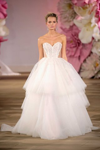 layered-tulle-ball-gown-sweetheart-neckline-sparkly-beading-rhinestones-lydia-hearst-ines-di-santo