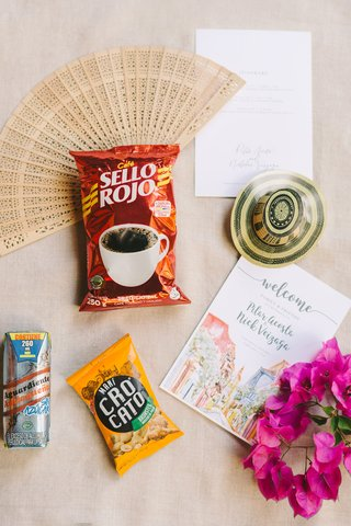 wedding-favors-destination-wedding-colombia-coffee-welcome-post