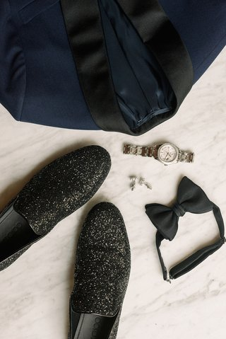 la-rams-brandin-cooks-wedding-outfit-jimmy-choo-thame-black-coarse-glitter-fabric-slipper