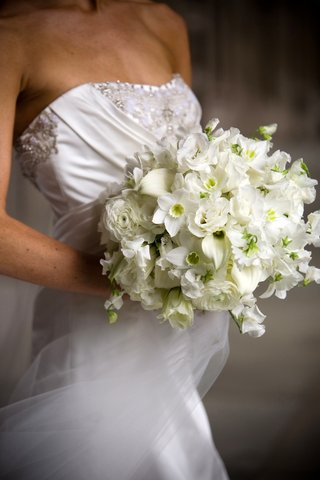 various-white-flowers-in-bridal-bouquet
