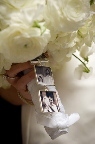 tiny-pictures-of-family-members-hang-from-bouquet