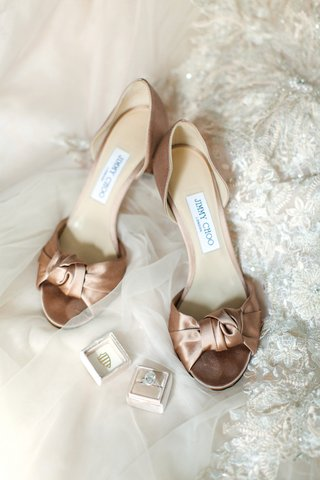 satin-rose-gold-champagne-jimmy-choo-bridal-heels-with-knot-at-the-toe