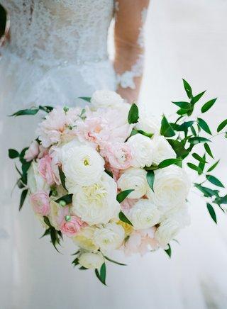 wedding-bouquet-pink-white-rose-garden-rose-ranunculus-peony-flowers-greenery