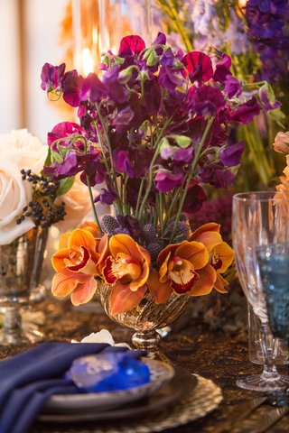 wedding-styled-shoot-fuchsia-sweet-peas-orange-orchids