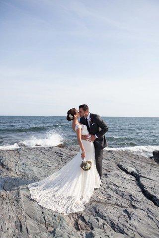 john-colaneri-co-host-of-kitchen-cousins-kisses-his-bride-by-the-water-in-newport-ri