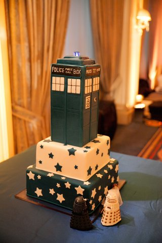 doctor-who-police-box-tardis-grooms-wedding-cake-with-star-designs