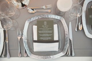 white-table-grey-linen-silver-metallic-charger-plate-white-goblet-contemporary-reception