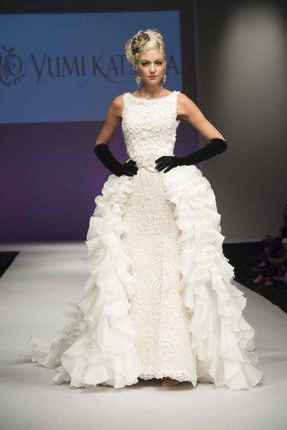 yumi-katsura-fall-2016-fit-and-flare-wedding-dress-with-silk-organza-ruffle-overskirt