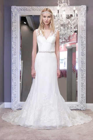 winnie-chlomin-2016-sleeveless-wedding-dress-with-thick-lace-straps-and-v-neck