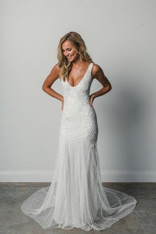 dominique-by-grace-loves-lace-elixir-scoop-neck-bridal-gown-net-base-floral-applique-net-embroidery