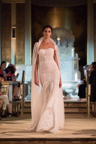idan-cohen-fall-winter-2018-empire-of-love-wedding-dress-strapless-bridal-gown-trumpet-silhouette