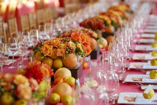 lemon-orange-and-grapefruit-wedding-decorations