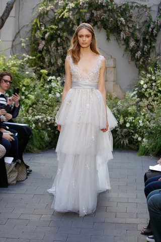 monique-lhuillier-spring-2017-coralie-wedding-dress-tier-layer-skirt-and-v-neck-bodice