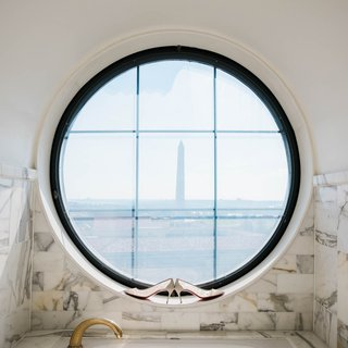 chistian-louboutin-wedding-shoes-in-round-window-with-video-of-washington-monument