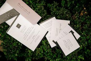 wedding-invitation-black-and-white-simple-modern-look-monogram