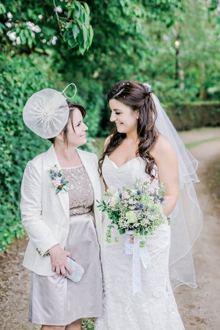 bride-wildflower-english-garden-bouquet-mother-british-hat-dress-fascinator-gray-silver