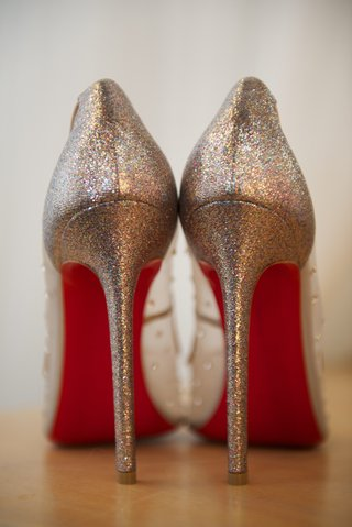 bridal-christian-louboutin-heels-with-red-sole-and-sparkles