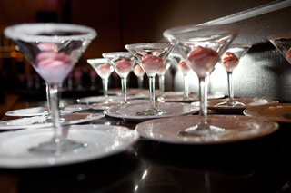 martini-glasses-with-sugar-rims-filled-with-pink-ice-cream