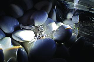 jarett-dillard-diamond-mens-wedding-band-with-rings