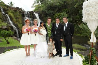 angus-mitchell-co-owner-of-paul-mitchell-systems-his-bride-and-bridal-party