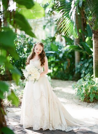bride-gown-tropical-location-bouquet-white-cream-beading-sweetheart-neckline-train-florida