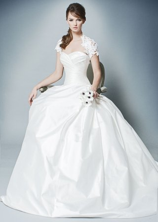 romona-by-romona-keveza-fall-2018-ball-gown-sweetheart-neckline-draped-bodice-wedding-dress-shrug