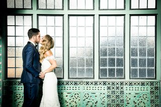 bride-and-groom-kiss-anne-barge-wedding-dress-pleasantdale-chateau-in-new-jersey-wedding-portrait