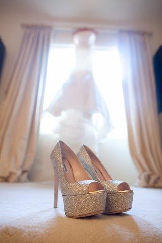 miu-miu-peep-toe-platform-pumps-in-bridal-suite