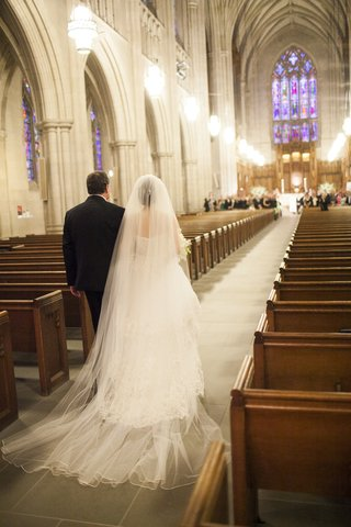 bride-walking-down-aisle-with-father-of-bride