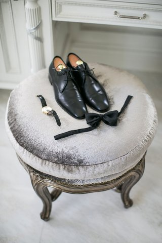 grooms-shoes-watch-bow-tie-on-stool-before-ceremony