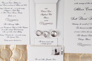 chicago-wedding-classic-wedding-invitation-idea-silver-platinum-white-gold-wedding-rings-stamp