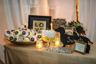 wedding-sweets-table-with-silhouette-dachshund-sign-train-bassist-hector-maldonado-wedding