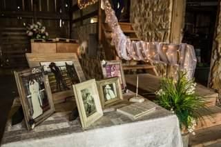 guest-book-and-family-photo-table-at-barn-wedding