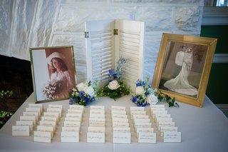escort-card-table-with-framed-old-photos