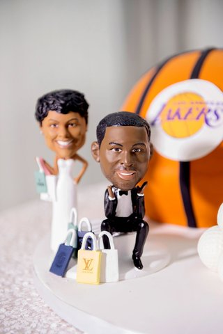 wedding-reception-grooms-cake-bride-and-groom-lifelike-cake-topper-shopping-and-lakers-basketball