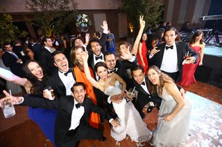 fun-wedding-party-pose-friends-dominican-republic-wedding-celebration-lively